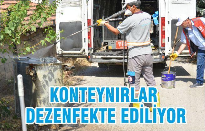 KONTEYNIRLAR , DEZENFEKTE EDİLİYOR