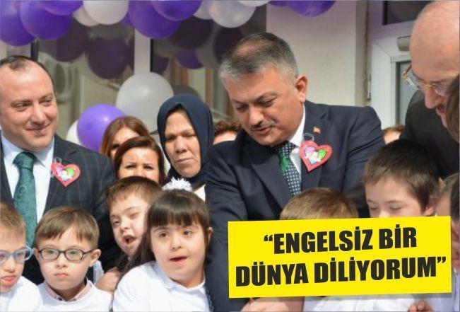 ''ENGELSİZ BİR DÜNYA DİLİYORUM''
