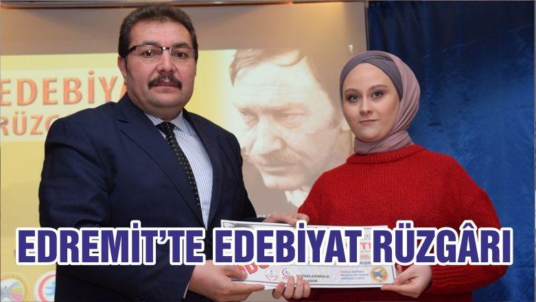EDREMİT'TE EDEBİYAT RÜZGÂRI