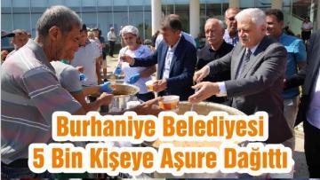 Burhaniye Belediyesi 5 Bin Kişeye Aşure Dağıttı