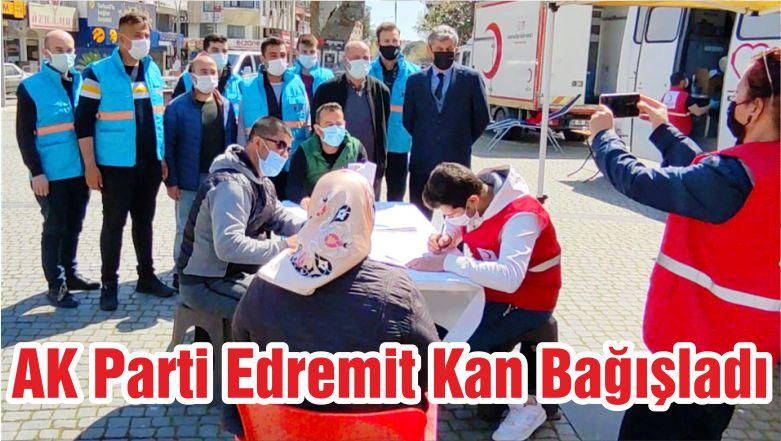 AK Parti Edremit Kan Bağışladı