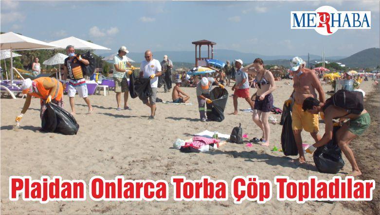 Plajdan Onlarca Torba Çöp Topladılar