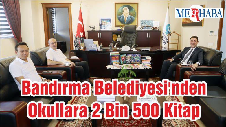 Bandırma Belediyesi'nden Okullara 2 Bin 500 Kitap
